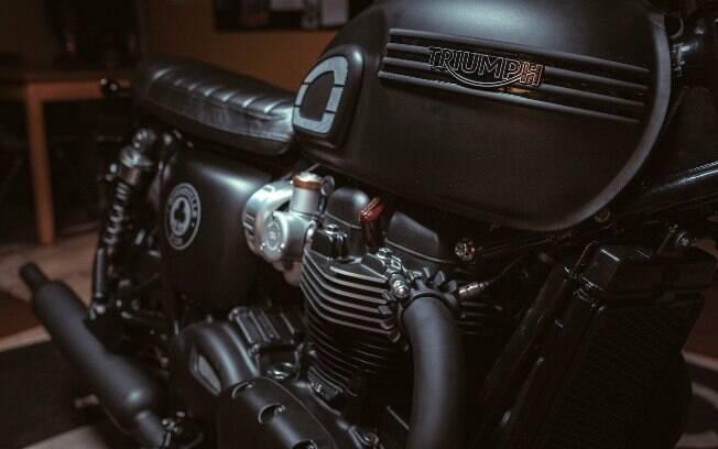 Um dos itens mais marcantes da clássica moderna é o ronco borbulhante do motor apelidado de British Twin