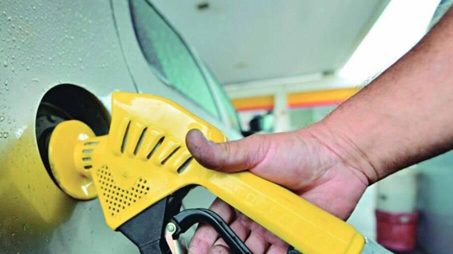 Gasolina, etanol e diesel estão entre os itens que mais subiram de preço neste ano