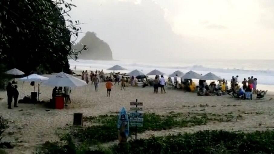 Festa irregular foi realizada na Praia do Bode, em Fernando de Noronha