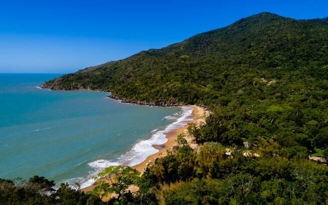 Praia do Jabaquara é a última ao norte em que é possível chegar de carro comum, mas se chover, melhor tomar cuidado