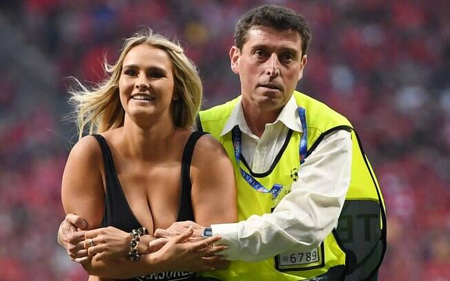 Kinsey Wolanski invadiu a final da Champions entre Liverpool e Tottenham, na Espanha