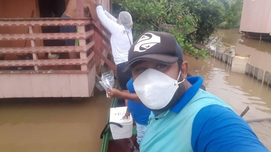 Adriano é agente de saúde há 20 anos no município de Boca do Acre