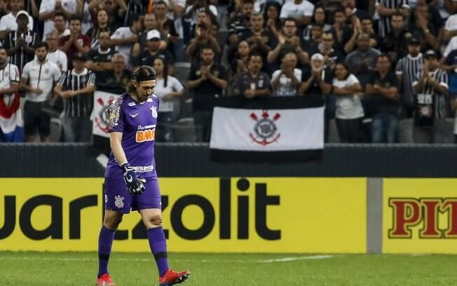 Corinthians ameaça não entrar em campo caso delegação seja atacada