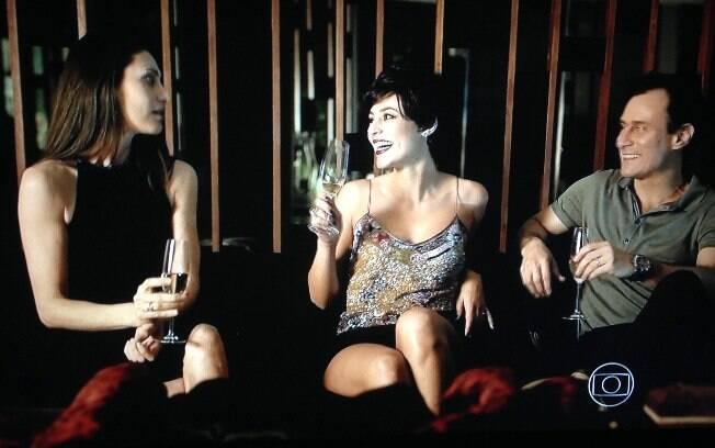 Paolla Oliveira comenta nudez em Felizes para Sempre