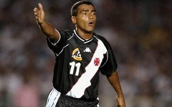 Na década de 90, Romário jogou em Flamengo,  Vasco e Fluminense, na sequência