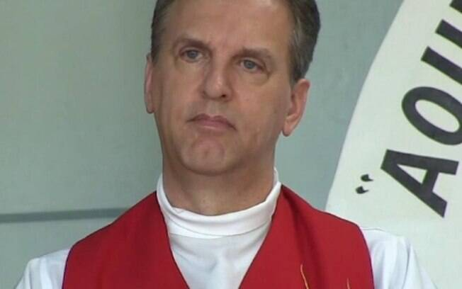 Padre foi condenado a oito anos de prisão, mas ainda cabe recurso