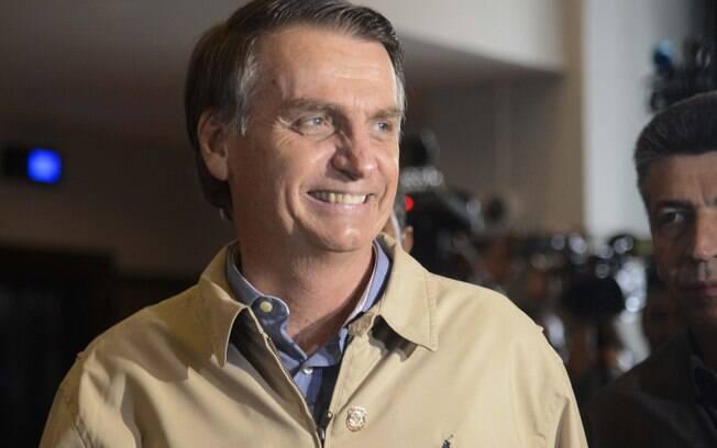 Jair Bolsonaro (PSL) tem chances maiores de ser eleito, aponta pesquisa boca de urna para presidente