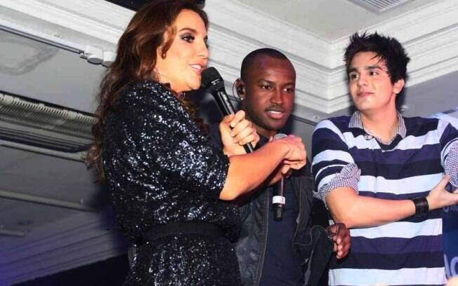 Ivete Sangalo, Thiaguinho e Luan Santana dividiram o palco na noite dessa terça-feira (17)