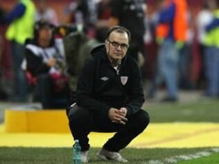 Marcelo Bielsa terá a chance de conhecer de perto o projeto elaborado pelo Santos