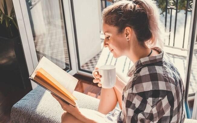 Autoajuda: 5 livros sobre felicidade que podem mudar a sua vida