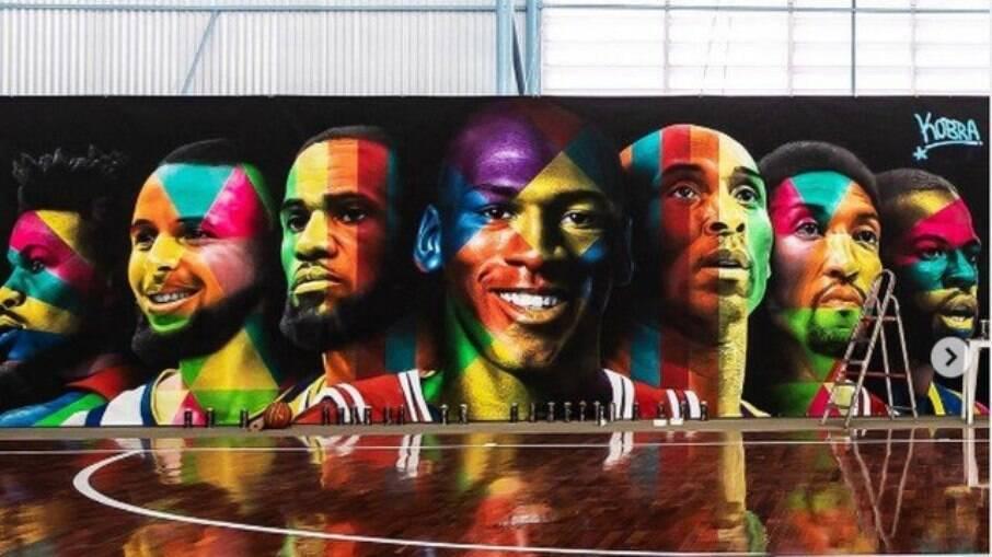 Mural pintado em quadra particular de Neymar