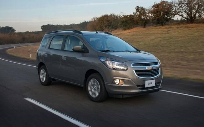 Entre os seminovos mais defeituosos da lista, a minivan Chevrolet Spin é o modelo mais espaçoso