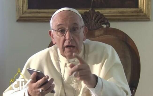 """Papa se reuniu com vítimas de pedofilia no Chile. Francisco """"rezou e chorou"""", segundo relatos do porta-voz do Vaticano"""
