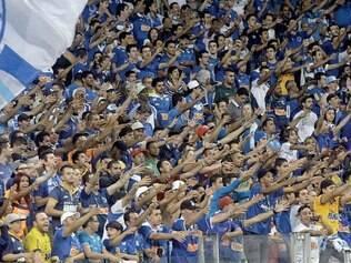 Toca III. Com apoio maciço da China Azul, Cruzeiro venceu todas as partidas deste ano no Mineirão pelo Campeonato Brasileiro