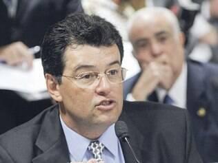 Eduardo Braga defende perda automática de mandato para crimes relativos ao serviço público