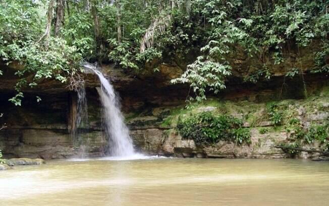 Presidente Figueiredo, com suas belas cachoeiras, é ótimo destino para ecoturistas