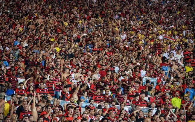 Torcida do Flamengo tem costume de cantar