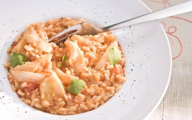 Foto da receita Risoto de bacalhau com tomate e coentro pronta.