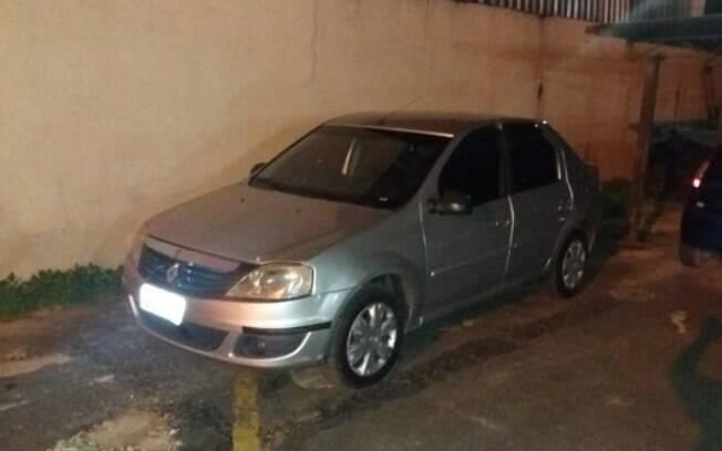 Carro é semelhante a um dos veículos usados no assassinato de Marielle Franco e foi localizado graças a uma denúncia
