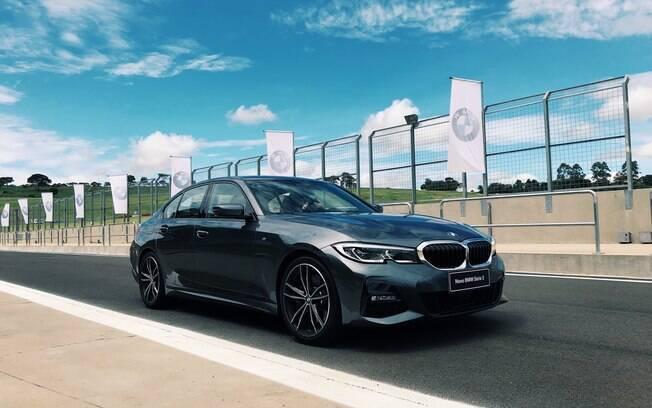 O BMW Série 3 2019 estará disponível em cinco cores, com mais quatro opções de acabamento interno