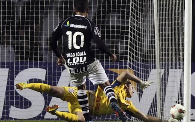 Cássio deve repetir estratégia que parou  Diego Souza contra Neymar