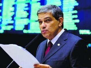 Proximidade. O presidente do PSDB em Minas Gerais, Marcus Pestana, diz ser mais próximo de Aécio Neves e Antonio Anastasia