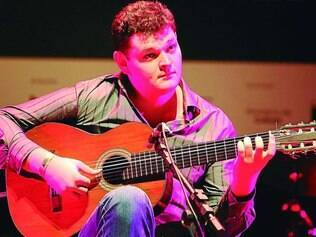 Convidados. Lucas Telles é um dos músicos selecionados para participar do show que homenageia Waldir Azevedo e Waldir Silva