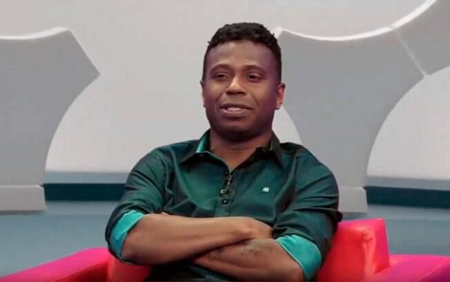 Edílson discutiu com o repórter Fernando Fernandes
