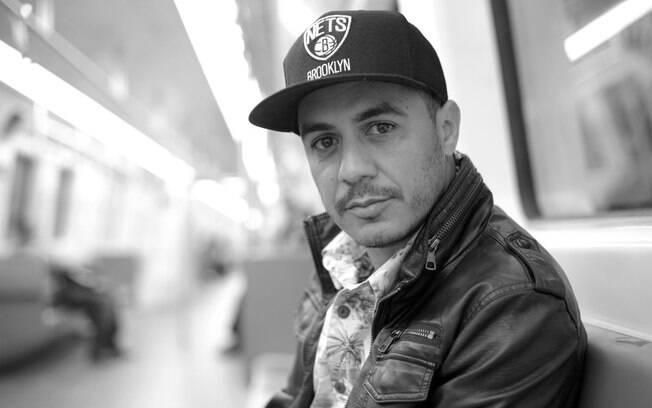 Em entrevista ao iG, cantor carioca comenta a volta da banda e fala