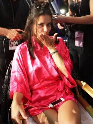 Adriana Lima: smack!