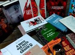 Biblioteca Ernesto Manoel Zink ganha livros do Rodas Literárias