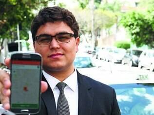 Vida. Tallis Gomes, 26, só anda de táxi e diz que dificilmente consegue manter um relacionamento com alguém
