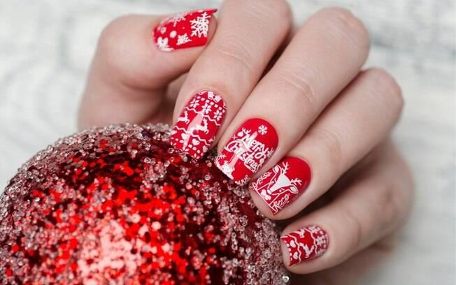 Unhas para o Natal: 12 nail arts para arrasar nas festas de fim de ano