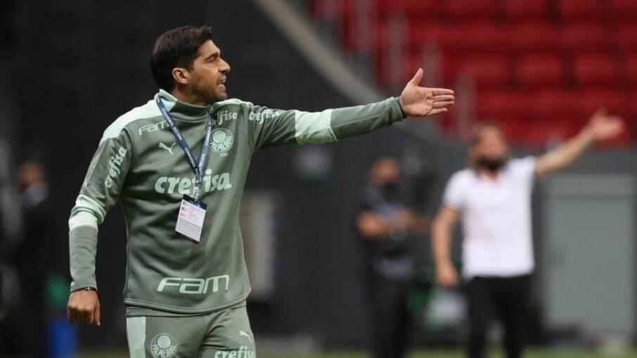 Abel Ferreira ajudou colega em duelo contra o Grêmio