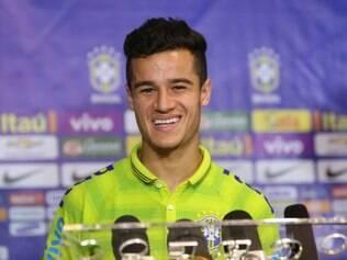 Philippe Coutinho topa jogar improvisado para ter uma chance ao lado de Neymar