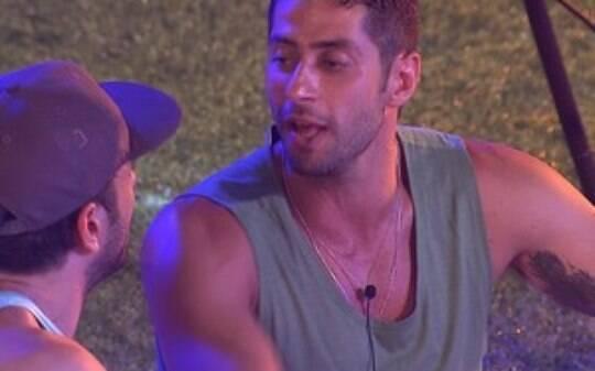 """BBB14: 'Você não tá sendo homem"""", diz Marcelo para Junior - BBB - Big Brother Brasil - iG"""