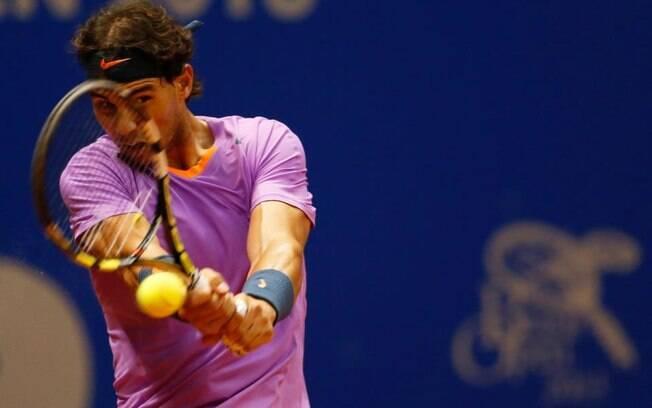 Rafael Nadal em ação na semifinal do Brasil  Open