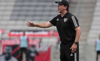 Santos anuncia contratação do técnico Fernando Diniz
