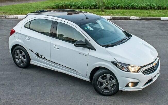 Chevrolet Onix Effect: baseado no conceito Track Day de 2014, modelo é um dos esportivos de adesivo