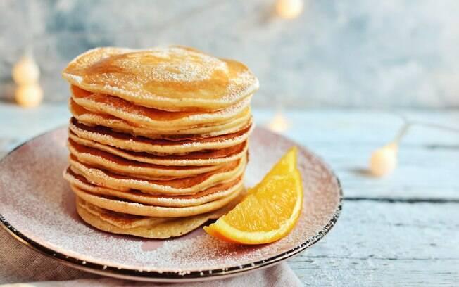 A laranja dá um toque especial à panqueca; clique aqui e veja como fazer essa versão