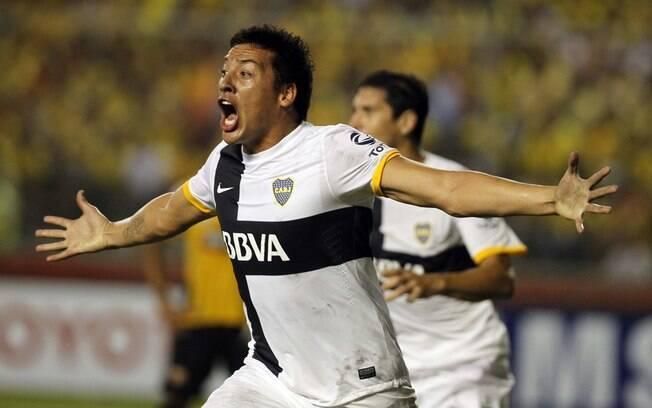 Claudio Perez comemora gol contra o Barcelona  do Equador pela Libertadores