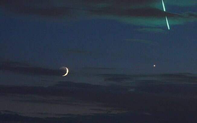 Fotógrafo Uwe Reichert estava se preparando para registrar meteoros quando foi surpreendido por luz misteriosa