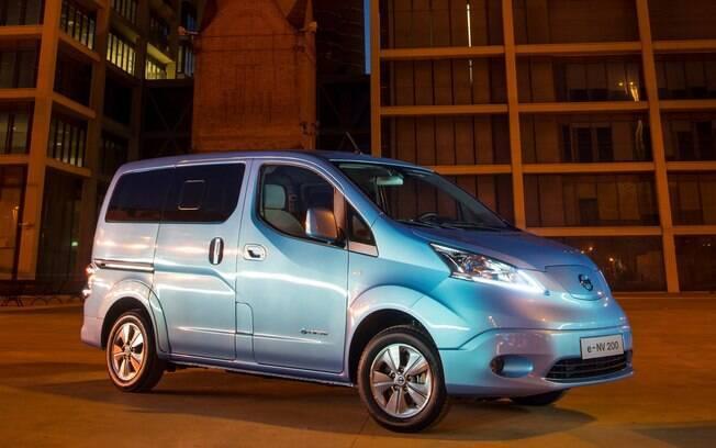 Nissan e-NV200: sete lugares, motor elétrico e design digno de filme futurista