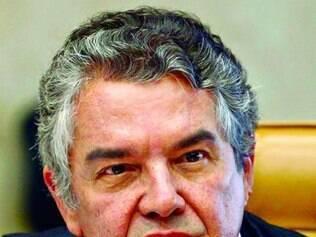 Mello criticou o excesso de partidos no país e defende restrição
