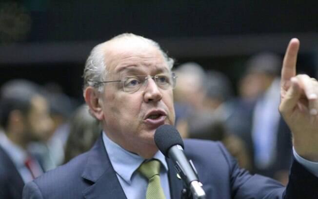Na primeira versão do texto-base da reforma tributária, Luiz Carlos Hauly propõe simplificar a legislação tributária