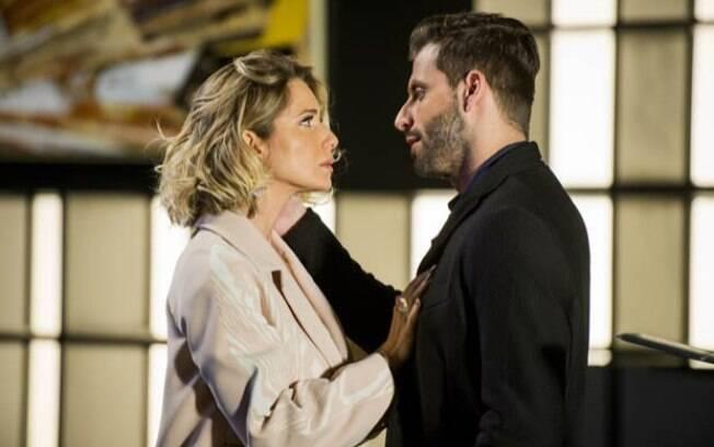Pela segunda vez, o ator faz par com Letícia Spiller. 'Ela é linda', diz