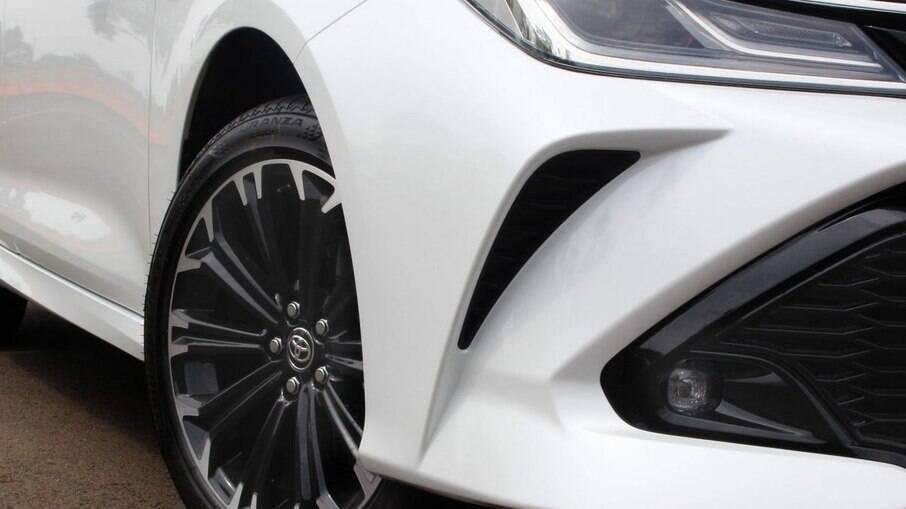 Os freios do Toyota Corolla não suportam o mesmo esforço da versão de competição, que vem com especificações diferentes