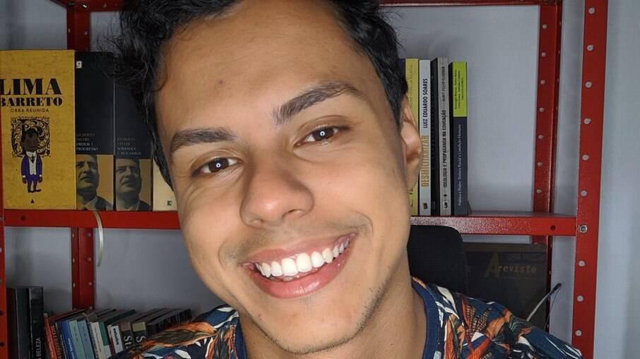 Huri Paz fala sobre as tecnologias do racismo e como ele pode aparecer de formas diferentes na sociedade