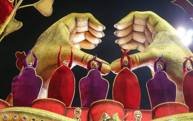 Imagens do desfile da Império de Casa Verde
