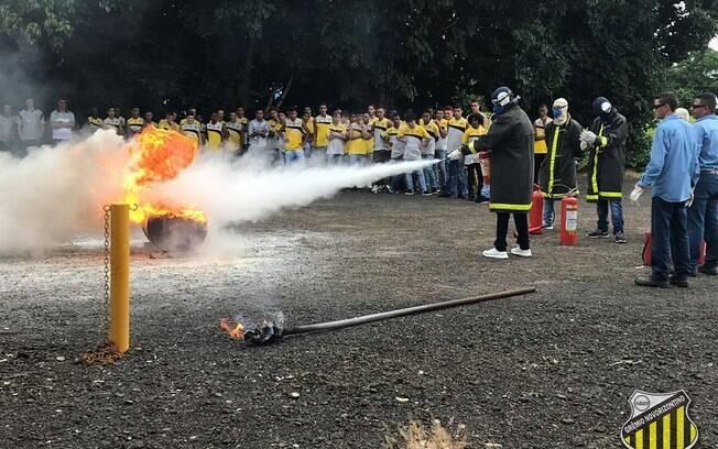Novorizontino fez treinamento contra incêndio para atletas da categoria de base